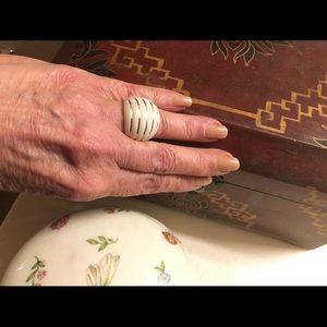 Milor Gold white agate w/14k ring.Size 6.